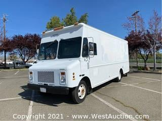 1999 GMC 18' Step Van