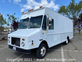 2000 Freightliner 26' Grumman Olson Diesel Step Van