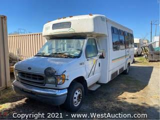 1999 Ford E-450 Super Duty Shuttle (Not Running)