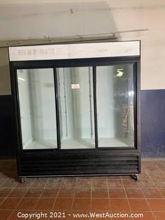 Beverage-Air MT66 Glass Door Merchandiser