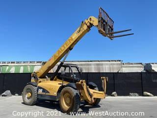 Caterpillar TH560B Telescopic Forklift