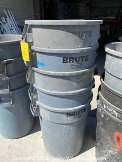 (5) Rubbermaid Brute Trashcans