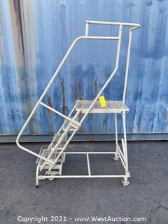 4 foot step ladder