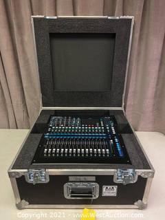 Allen&Heath QU-16 Digital Mixer In Case