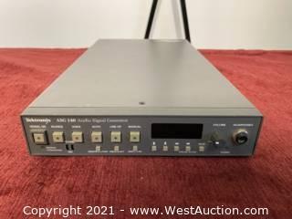 Tektronix Audio Signal Generator ASG140