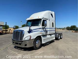 2012 Freightliner Cascadia 125 Sleeper Truck Tractor