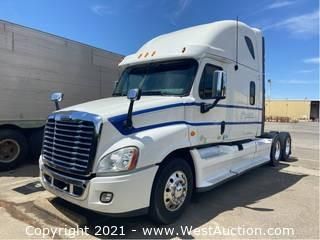 2013 Freightliner Cascadia 125 Sleeper Truck Tractor