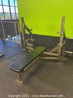 Hammer Strength Flat Bench With Weight Storage