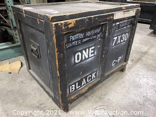 Wooden Crate & (8) Beckett & Leonetti 64-Par Incandescent Lamps