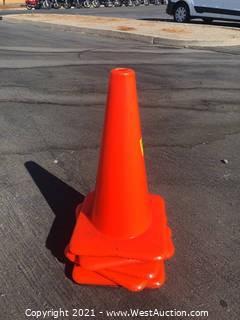 (6) Traffic Cones