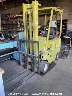 Clark C50030 2750lb Forklift