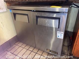 True Refrigeration Cabinet