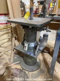 Master Machinery Ocillating Spindle Sander