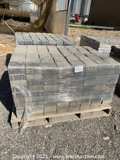 (2) Pallets of Carriage Stone Tahoe Blend Square Pavers