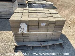 (5) Pallets of Castle Stone Monterey Blend Pavers