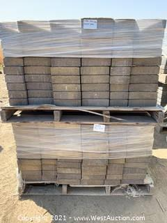 (4) Pallets of Cobble Stone Mojave Blend Pavers