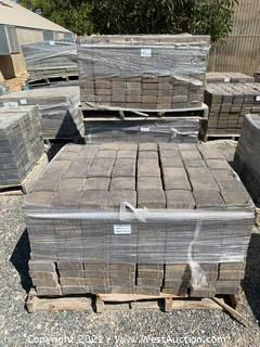 (3) Pallets of Cobble Stone Mojave Blend Square Pavers