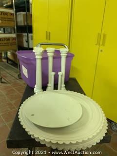 Cake Plates And Separators