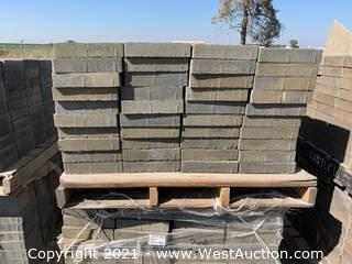 (5) Pallets of Century Stone Tahoe Blend Giant Pavers