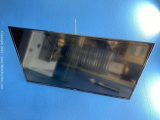 "TCL 40"" Class 3-Series FHD LED Roku Smart TV & Wall Mount"