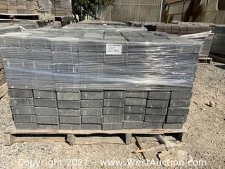 (2) Pallets of Carriage Stone Shasta Blend Square Pavers