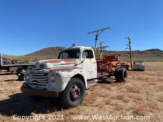 1950 Ford F-7 Truck With New Holland 1051 Stack Retriever
